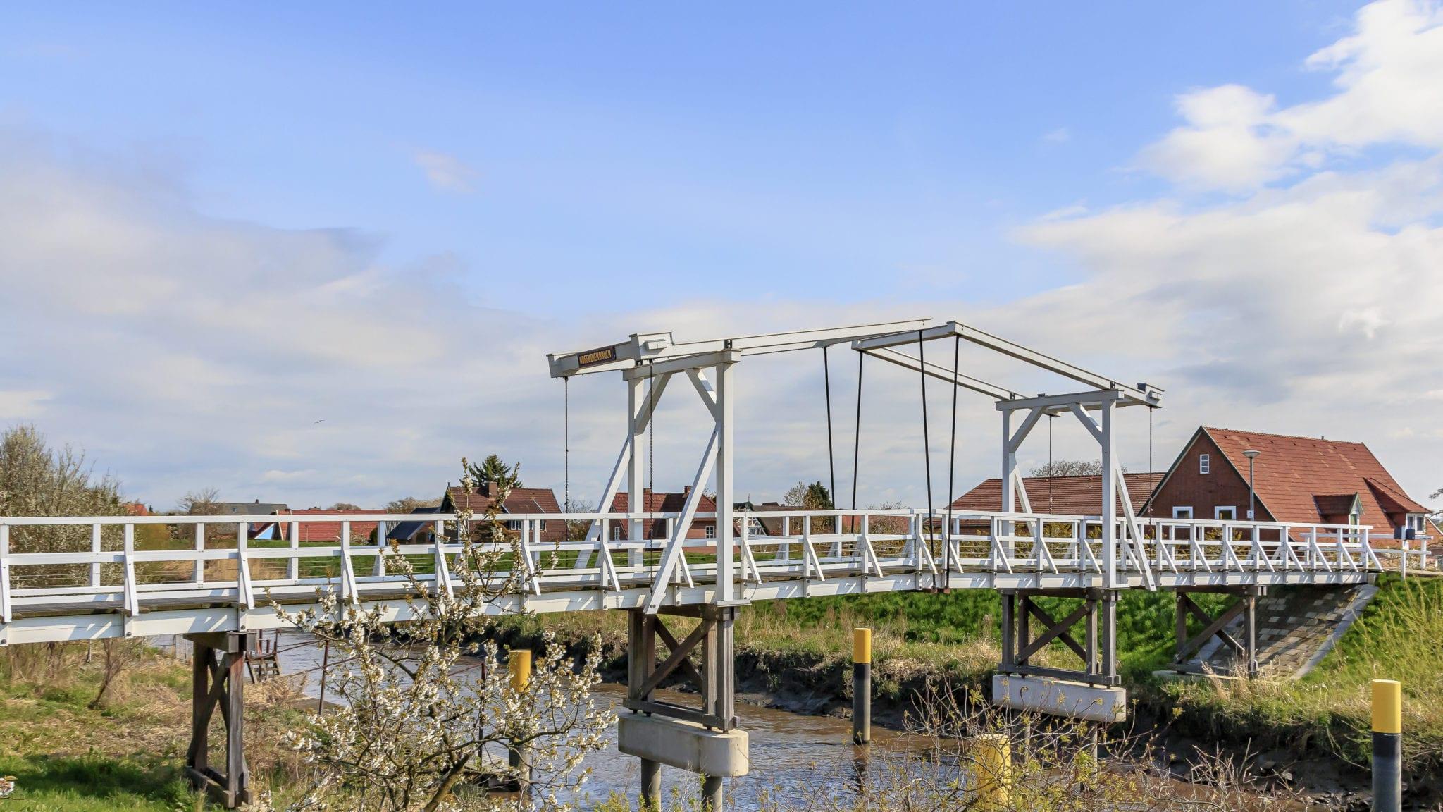 Hogendiekbrücke im Alten Land