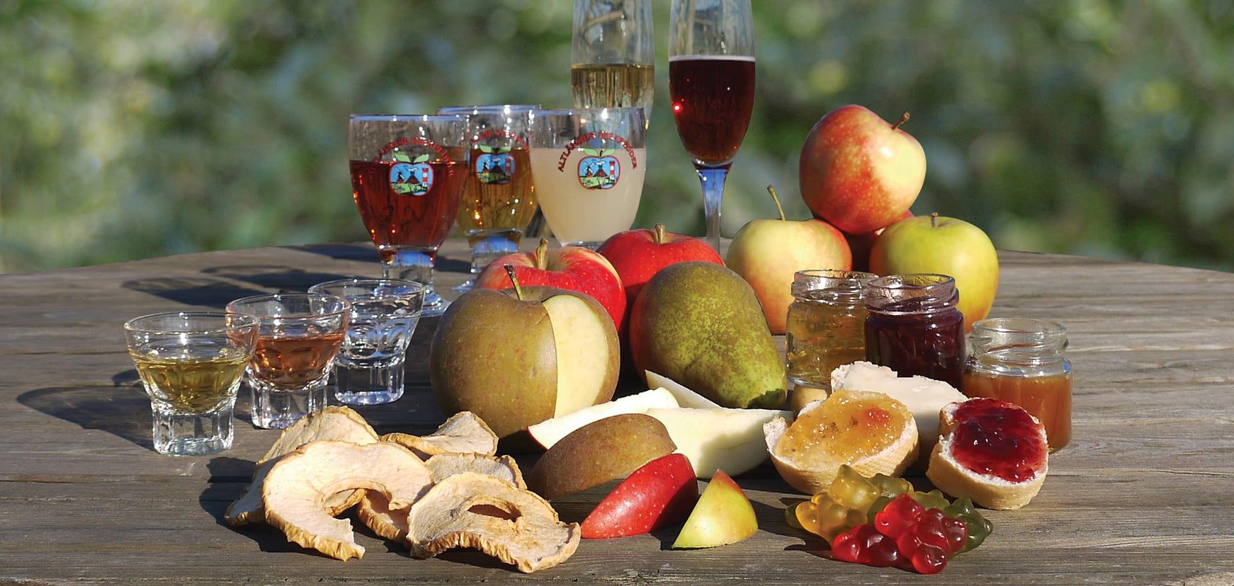 Kostproben aus Altländer Produkten