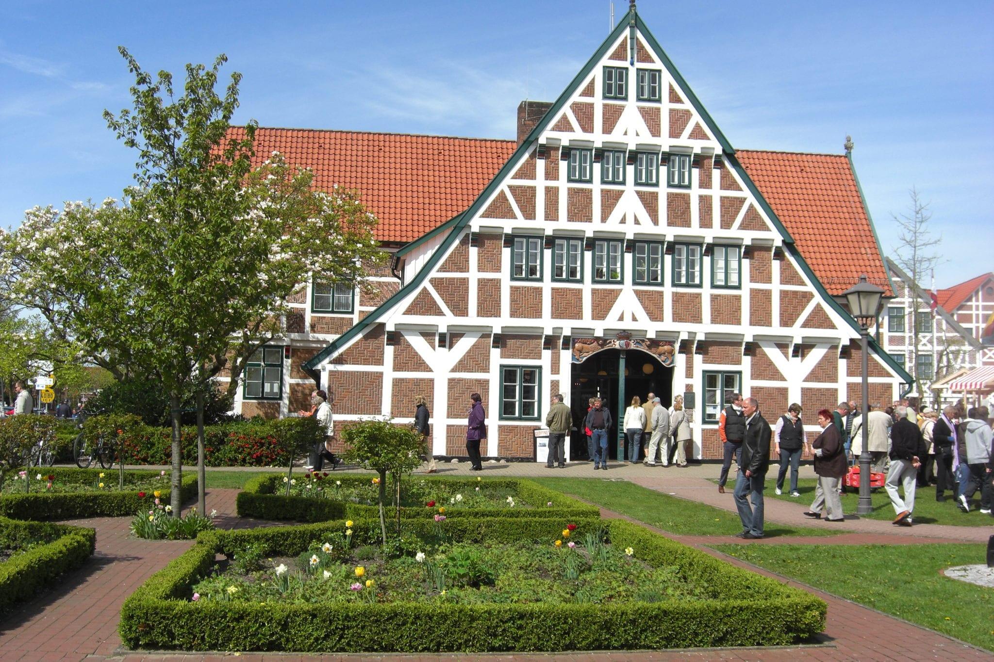 Tourismusverein Altes Land e.V.- Rathaus Jork