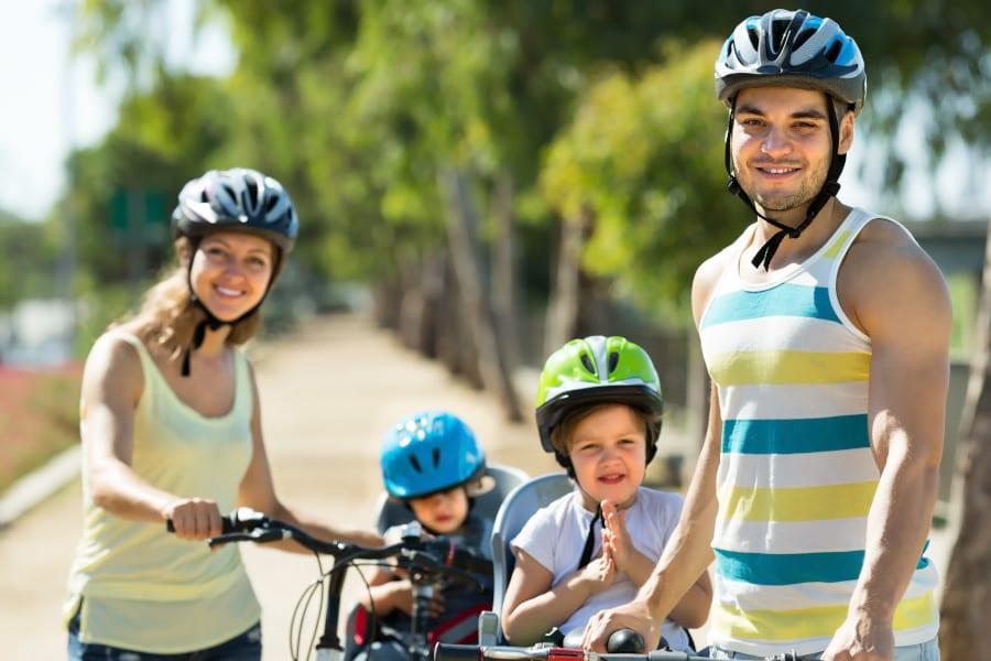 Familie per Rad im Alten Land